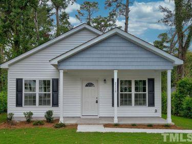 818 E Divine Street, Dunn, NC, 28334,