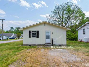 204 E Persimmon Street, Youngsville, NC, 27596,