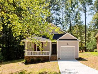 305 W Barrington Street, Dunn, NC, 28334,