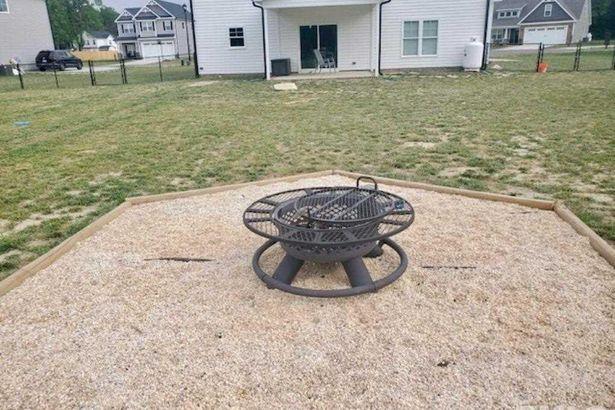 106 Weatherstone Court