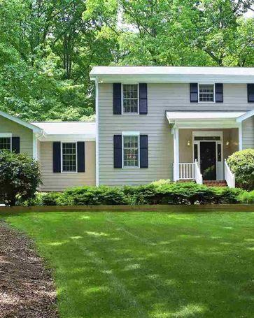 8 Sedgewood Road Chapel Hill, NC, 27514