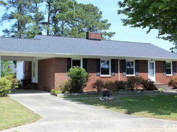 606 W Harnett Street, Benson, NC, 27504,