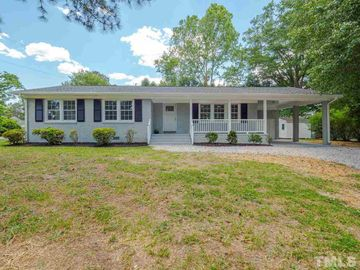 1601 W Gannon Avenue, Zebulon, NC, 27597,