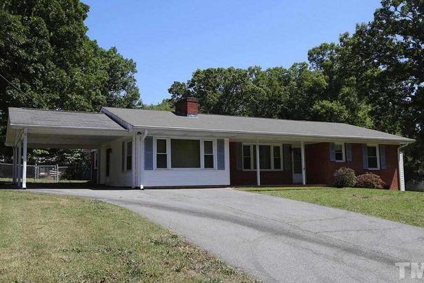 121 Lynnwood Estates Drive