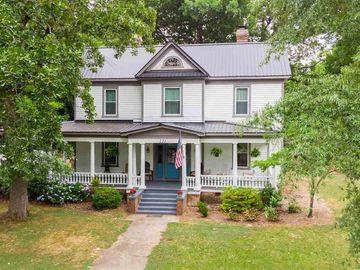 221 E Branch Street, Spring Hope, NC, 27882,