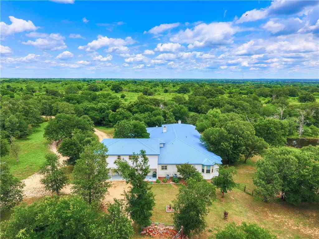 595 Green Acre DR, Dale, TX, 78616,