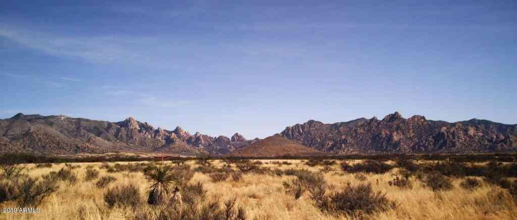 70 N HORNED OWL Lane, Saint David, AZ, 85630,