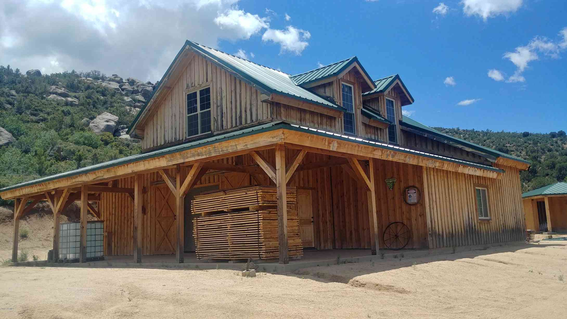 17306 E Bogles Ranch Road, Kingman, AZ, 86401,