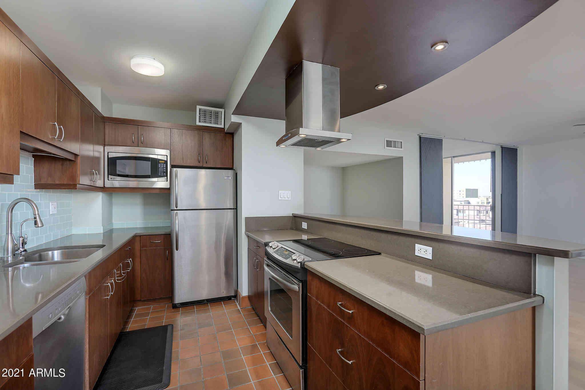 207 W CLARENDON Avenue #F5, Phoenix, AZ, 85013,