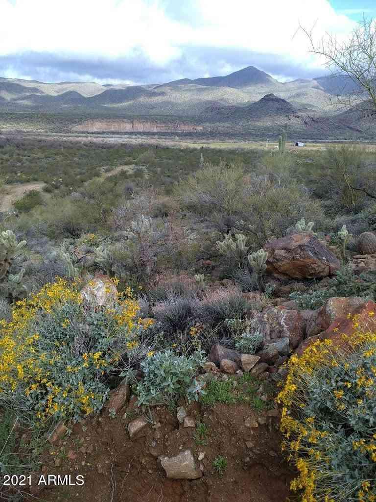 7250 SANTA MARIA RIVER Road, Hillside, AZ, 86301,