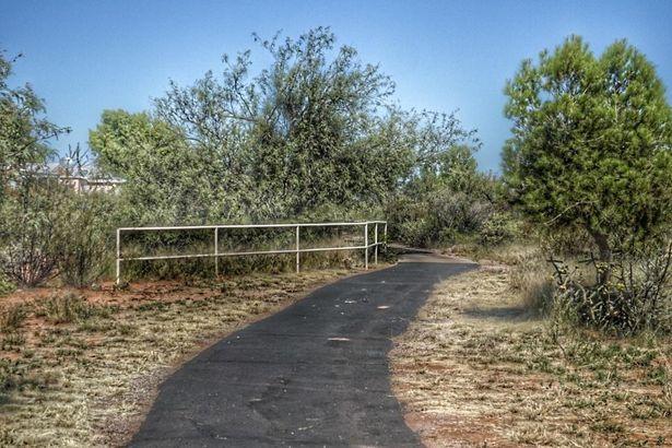 370 S Taylors Trail --