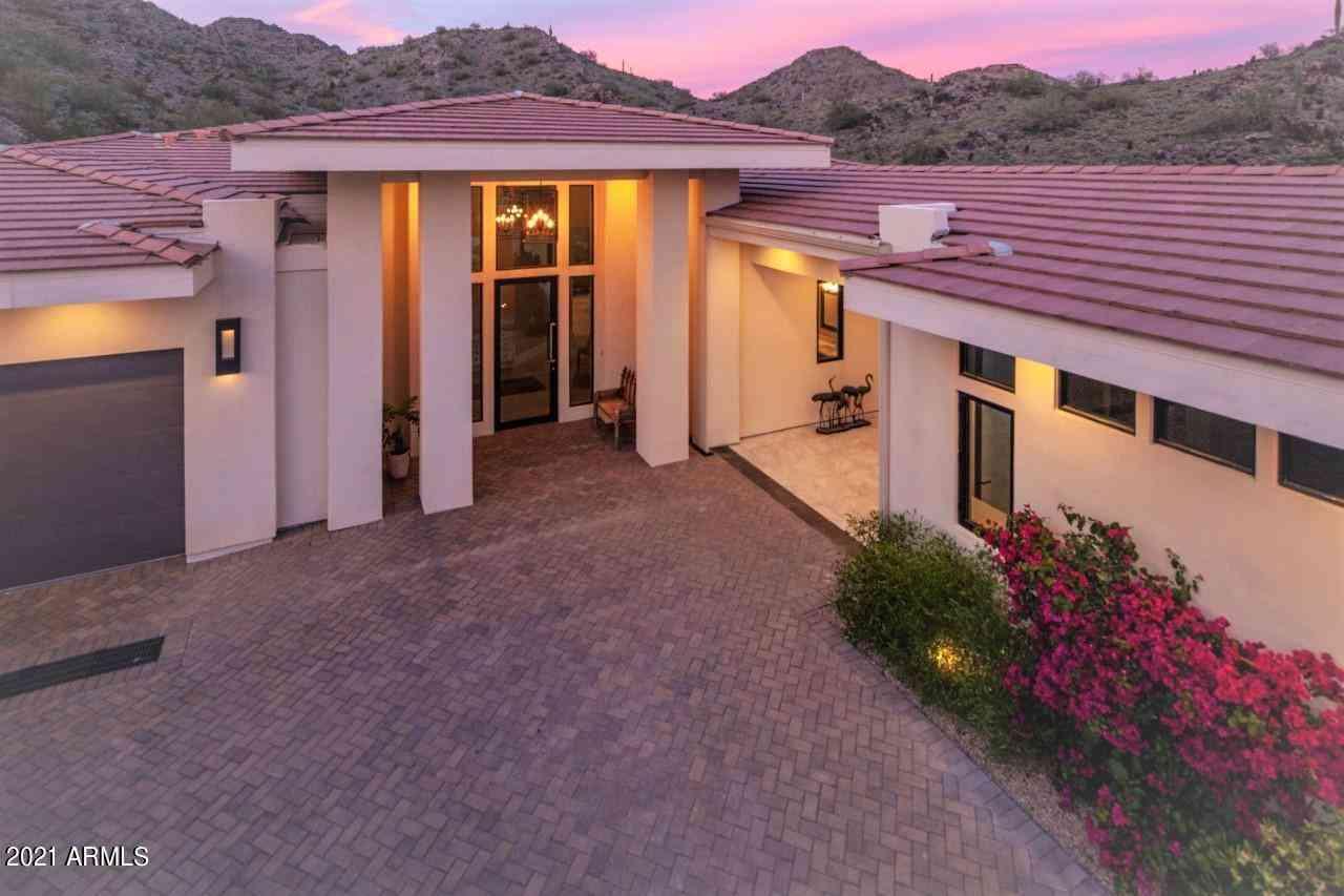 3800 E LINCOLN Drive #53, Phoenix, AZ, 85018,