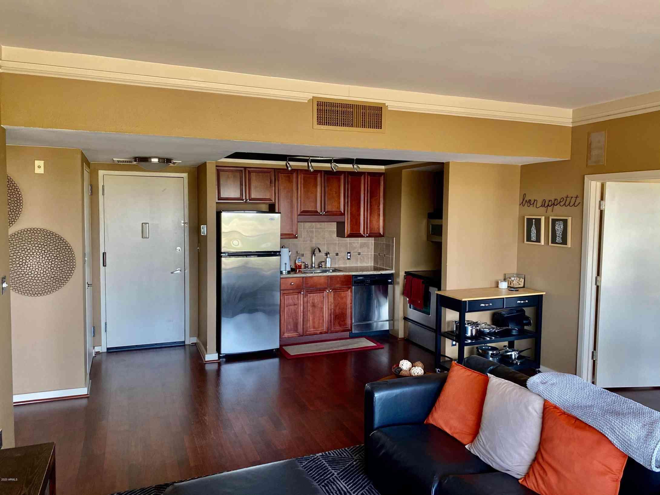 4750 N Central Avenue #17L, Phoenix, AZ, 85012,