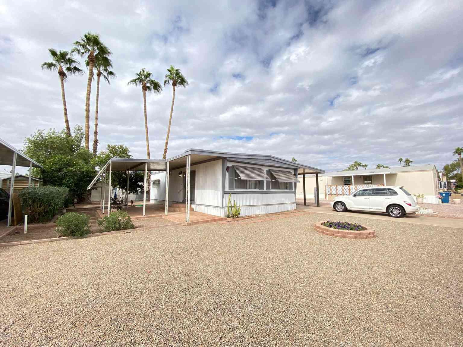 2650 W UNION HILLS Drive #14, Phoenix, AZ, 85027,