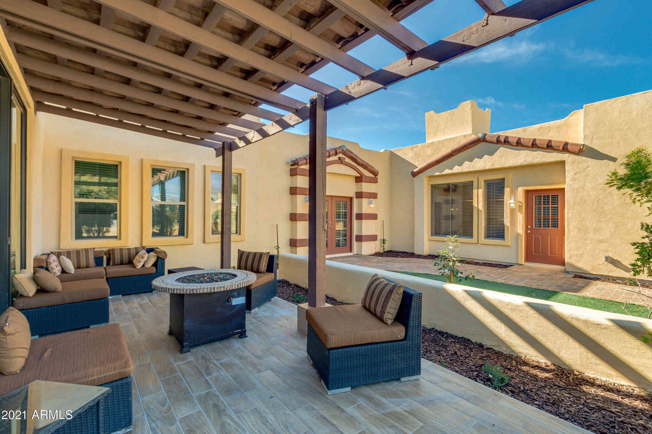 2909 E Rockwood Drive, Phoenix, AZ, 85050,