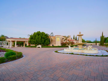 Swimming Pool, 5837 N Palo Cristi Road, Paradise Valley, AZ, 85253,