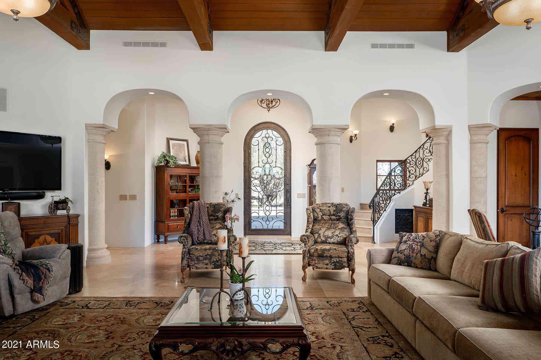 Sunny Living Room, 26915 N 162ND Street, Scottsdale, AZ, 85262,