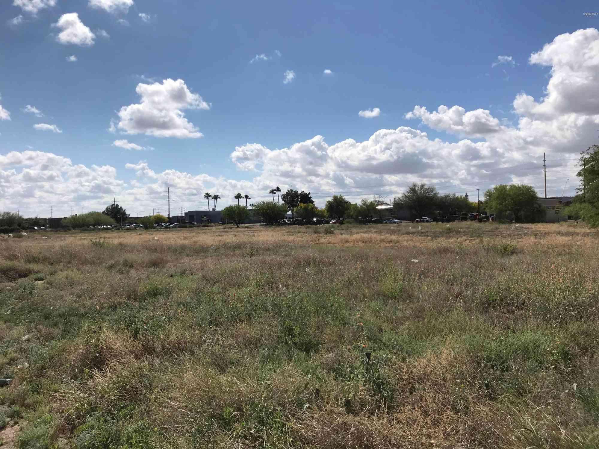 6397 S MIDVALE PARK Road #00005, Tucson, AZ, 85746,