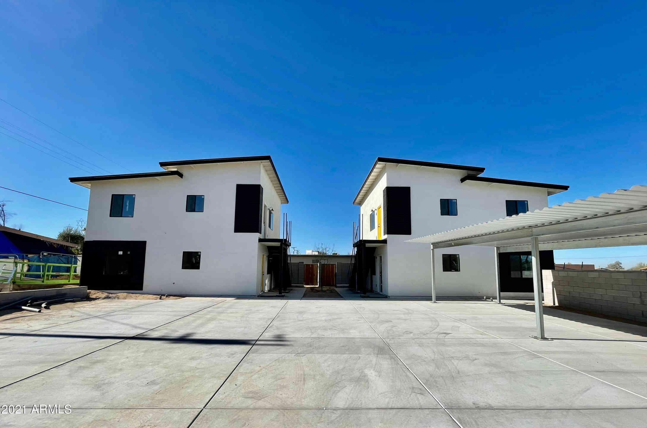 813 E SIESTA Drive, Phoenix, AZ, 85042,