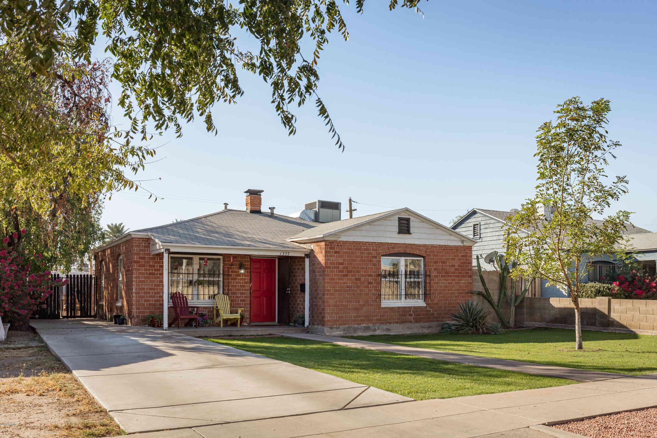 1337 W LATHAM Street, Phoenix, AZ, 85007,