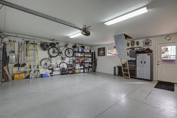 803 W St Moritz Drive