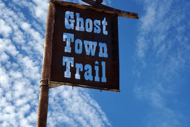 905 S GHOST TOWN Trail