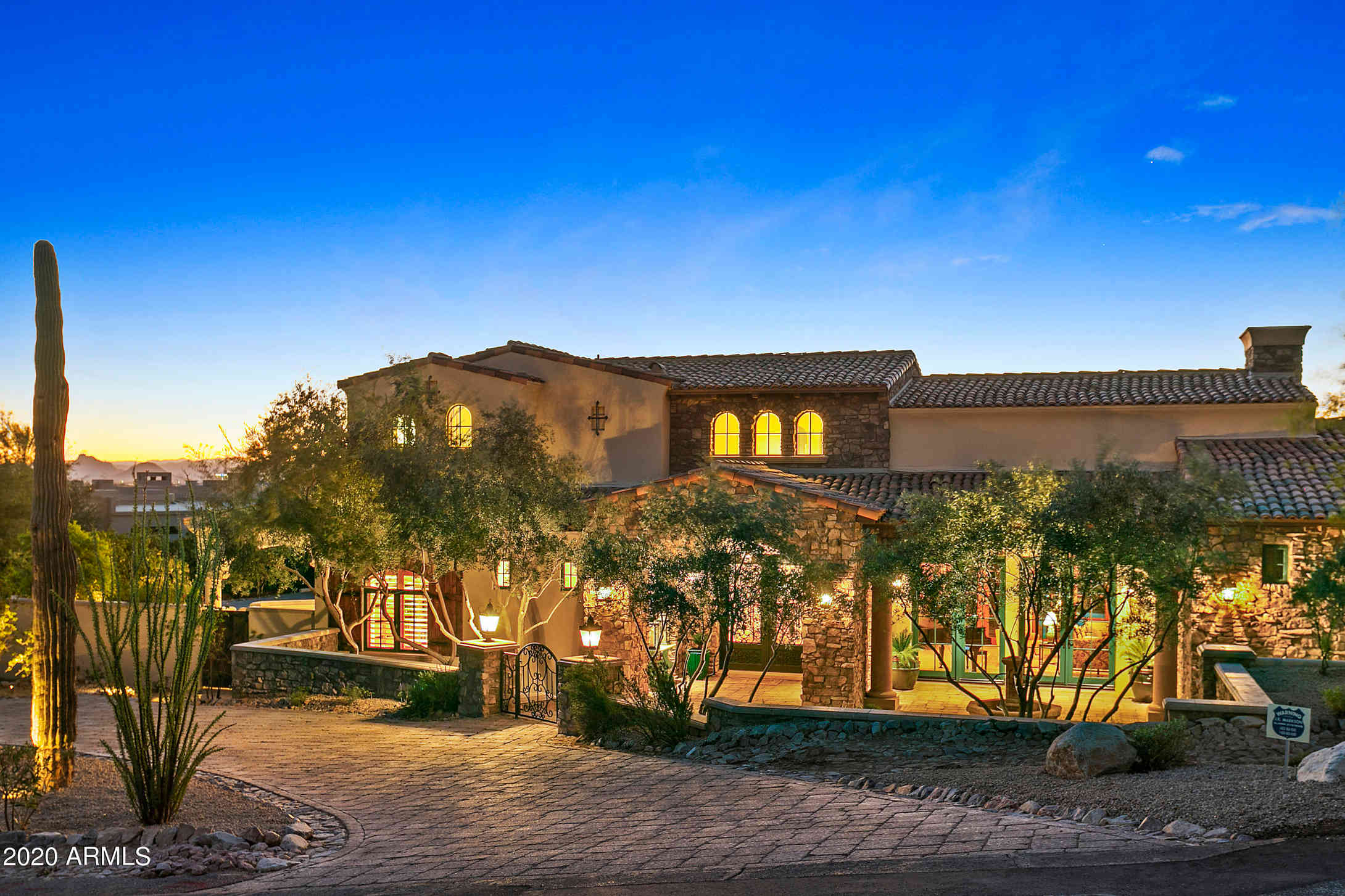7725 N FOOTHILL Drive S, Paradise Valley, AZ, 85253,