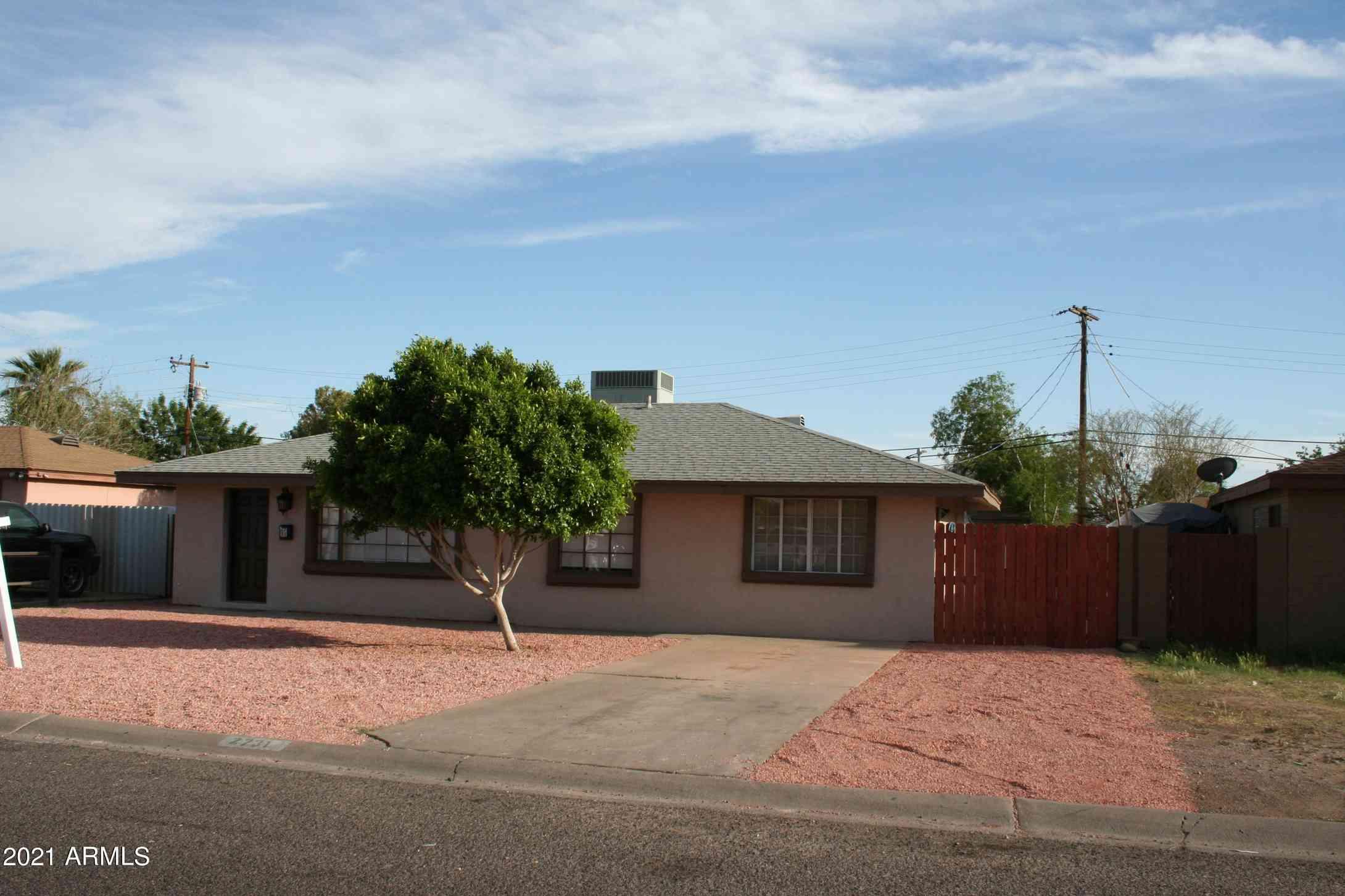 2731 W HIGHLAND Avenue, Phoenix, AZ, 85017,