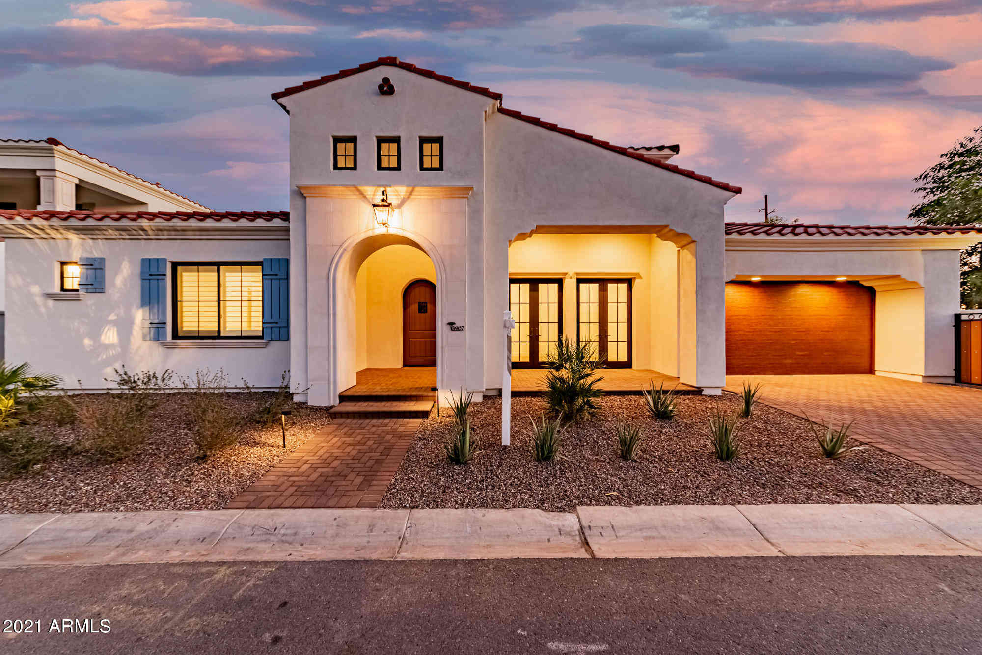 3907 E SHEILA Lane, Phoenix, AZ, 85018,