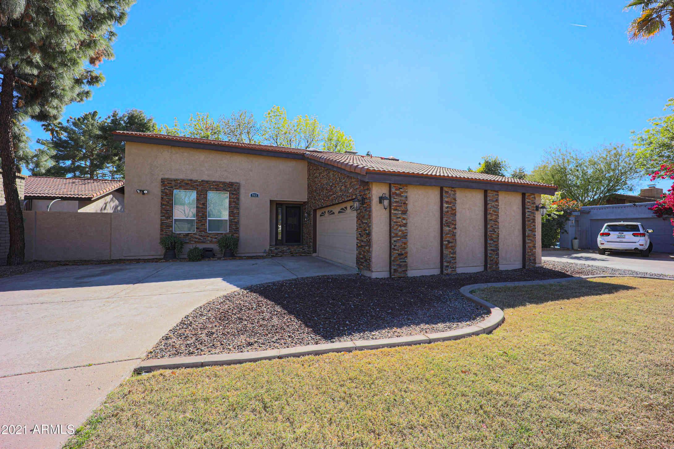 933 E DRIFTWOOD Drive, Tempe, AZ, 85283,