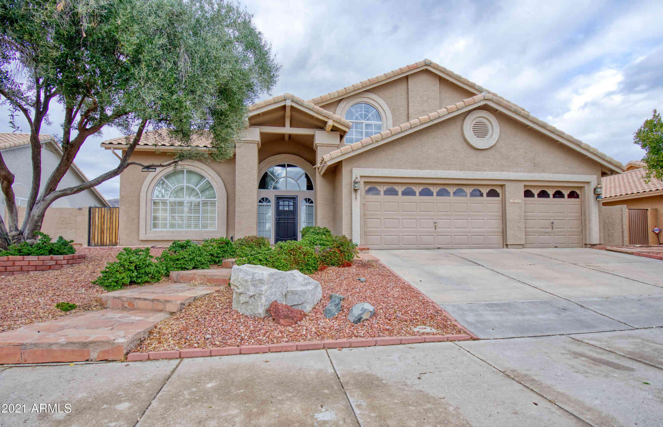 1802 E BROOKWOOD Court, Phoenix, AZ, 85048,