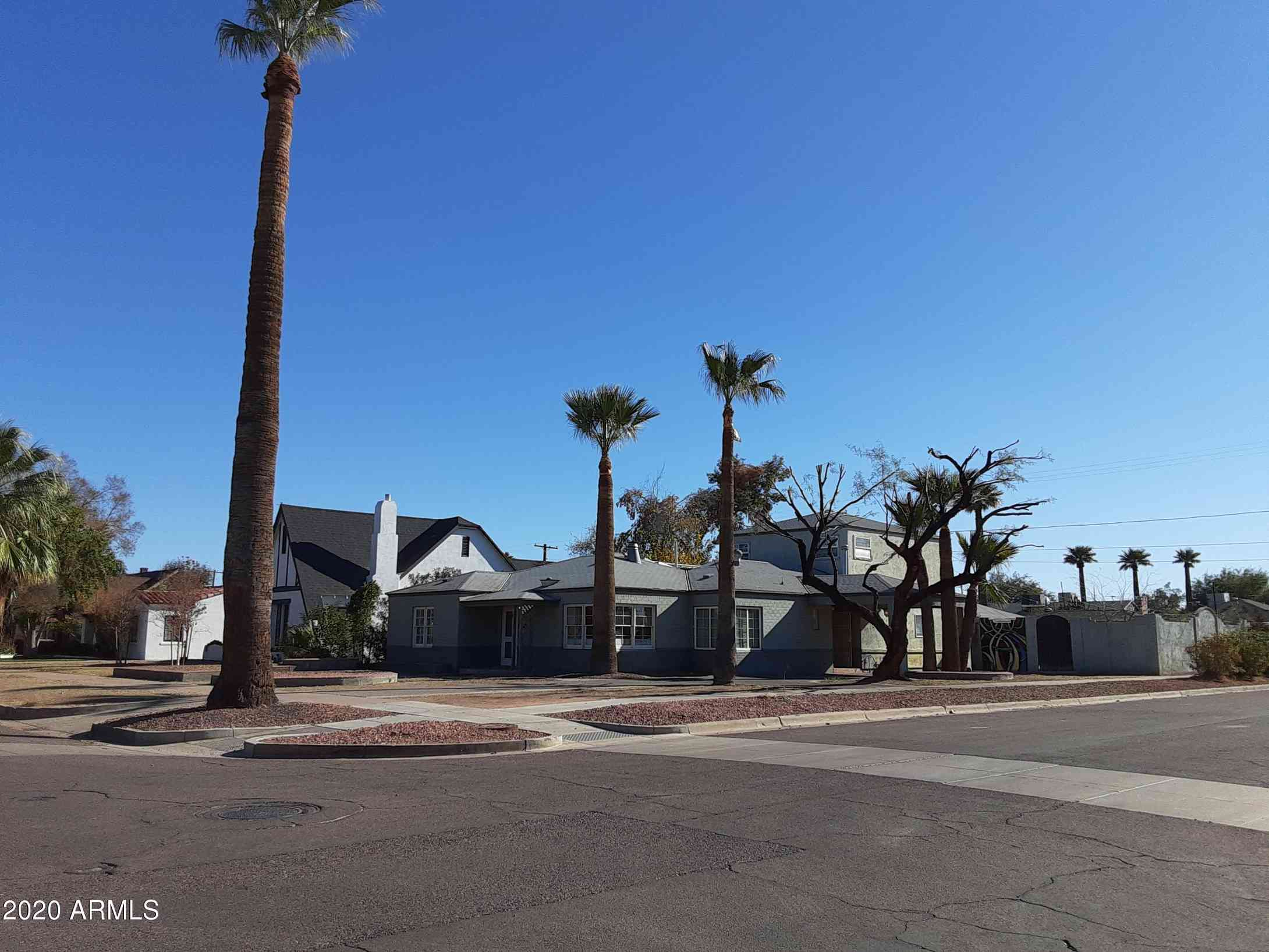 933 W CULVER Street, Phoenix, AZ, 85007,