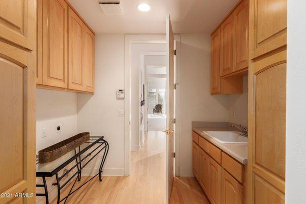 6405 N 28TH Street
