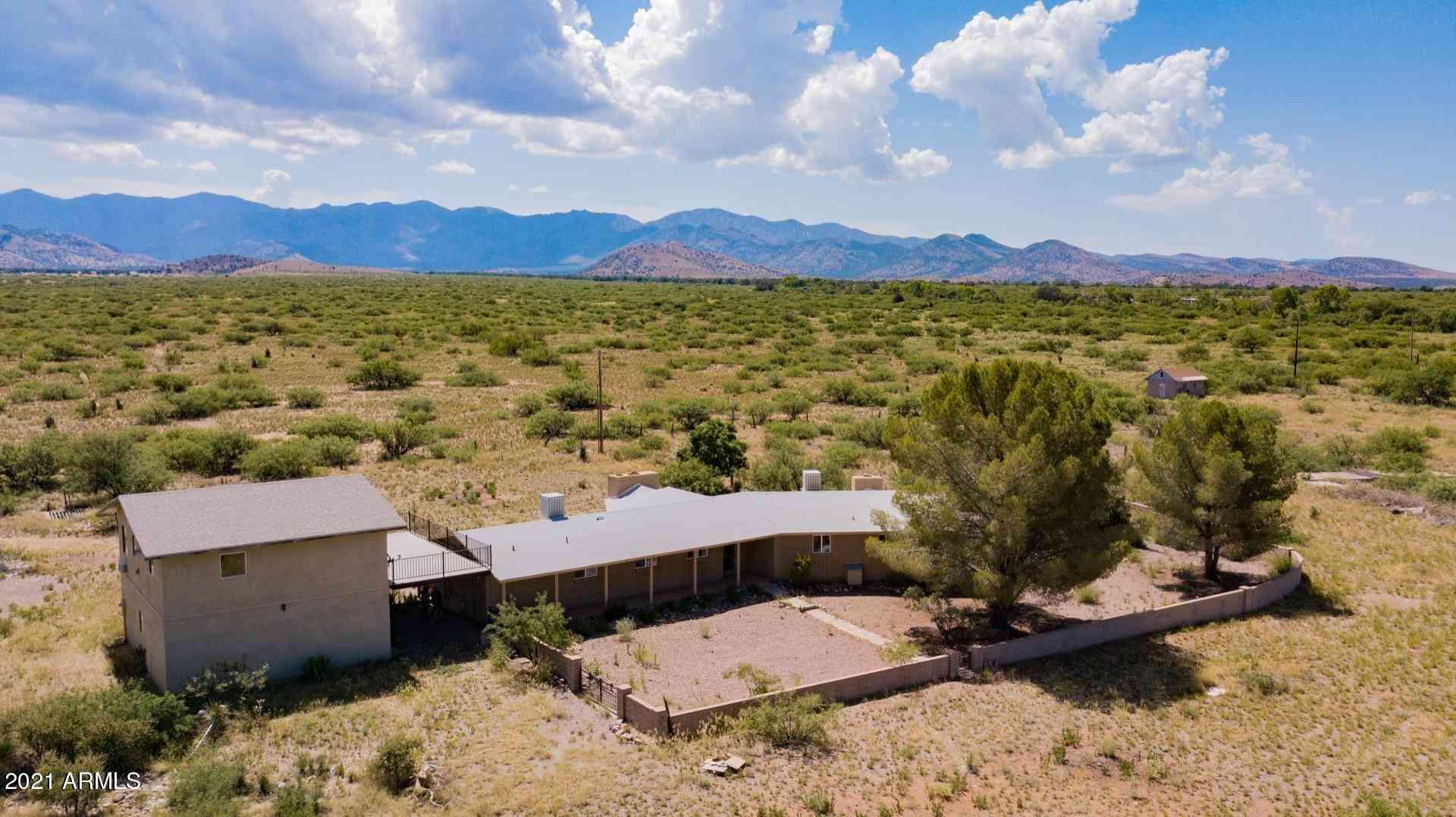 10299 E SUNRISE Drive, Pearce, AZ, 85625,