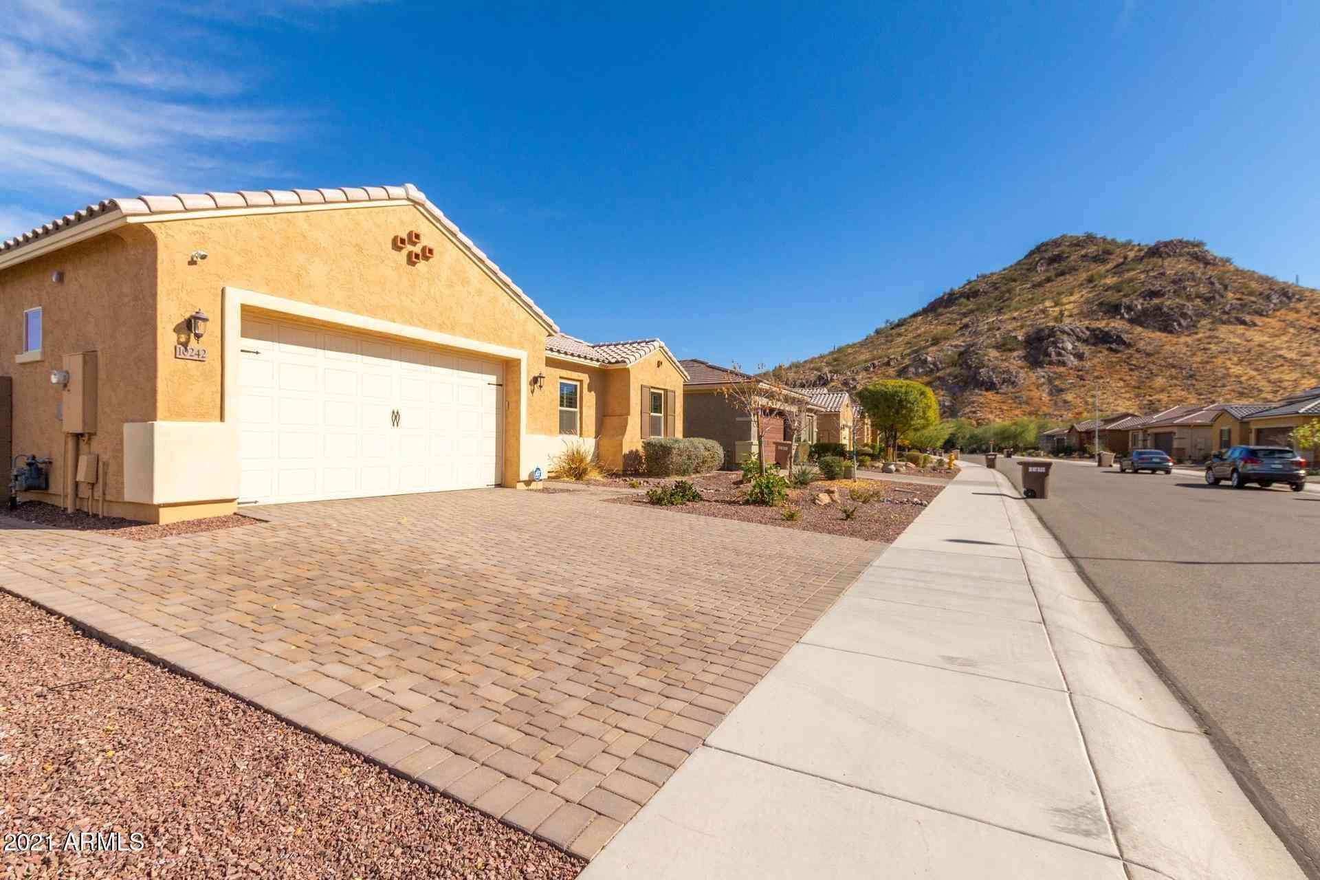 10242 W BENT TREE Drive, Peoria, AZ, 85383,