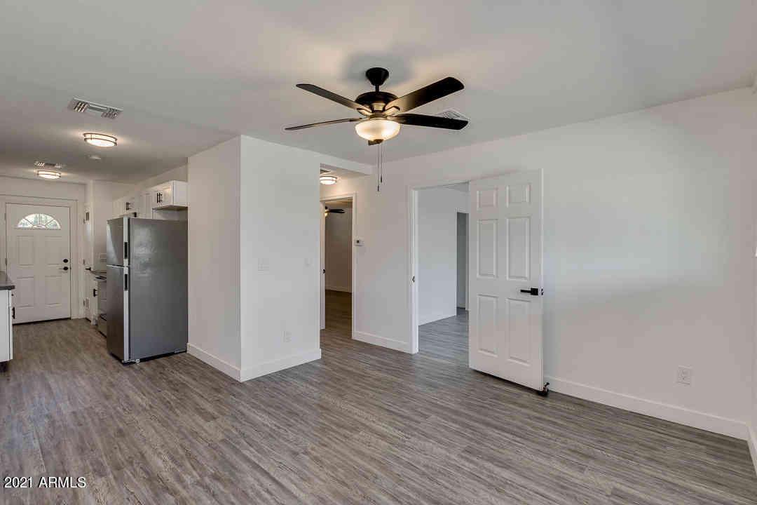 4610 N 74TH Street #1001, Scottsdale, AZ, 85251,