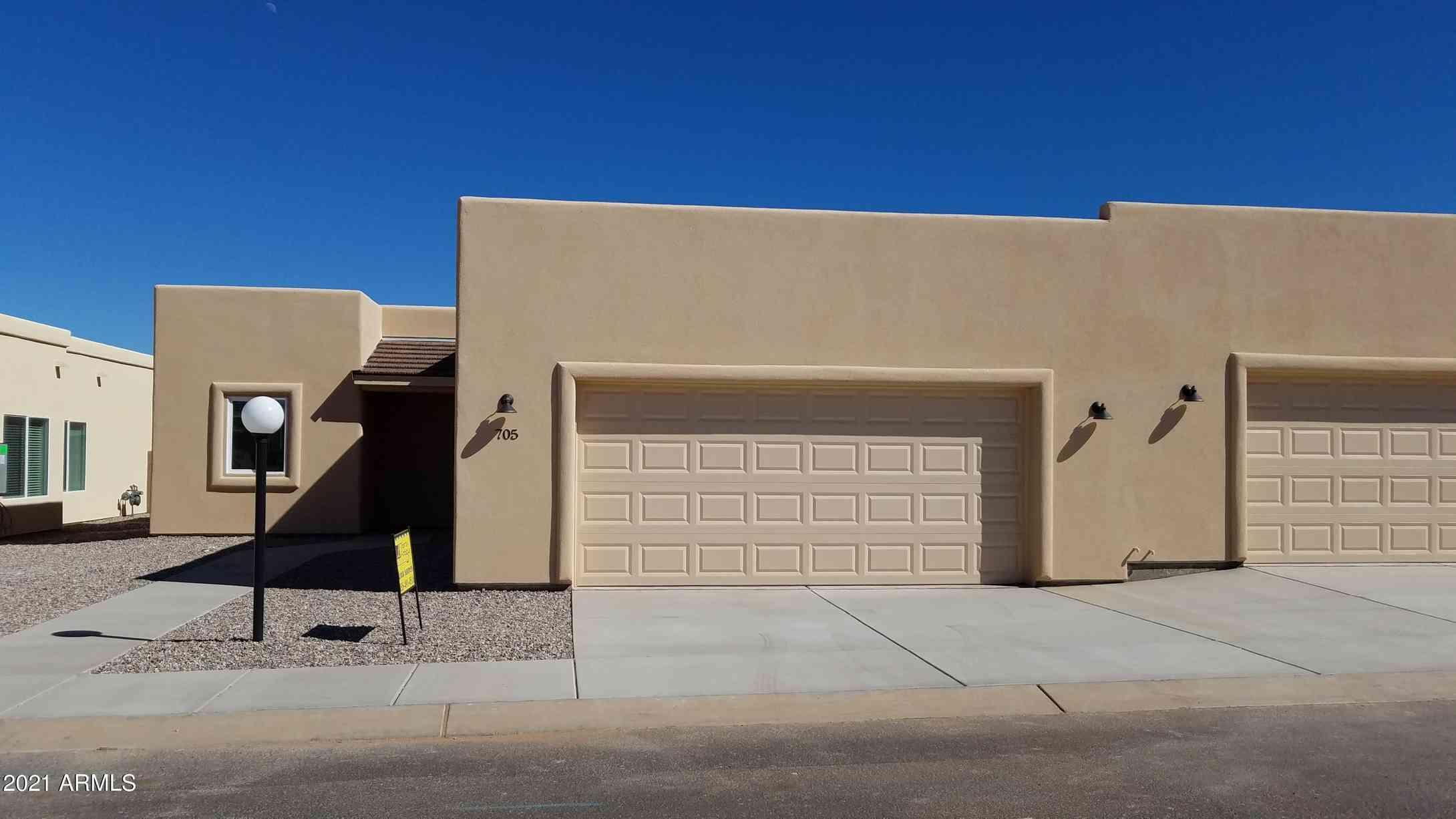 705 S Chase Street, Sierra Vista, AZ, 85635,