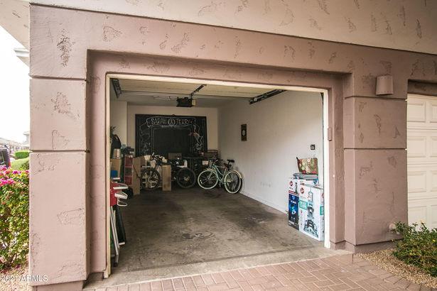 15221 N CLUBGATE Drive #2024