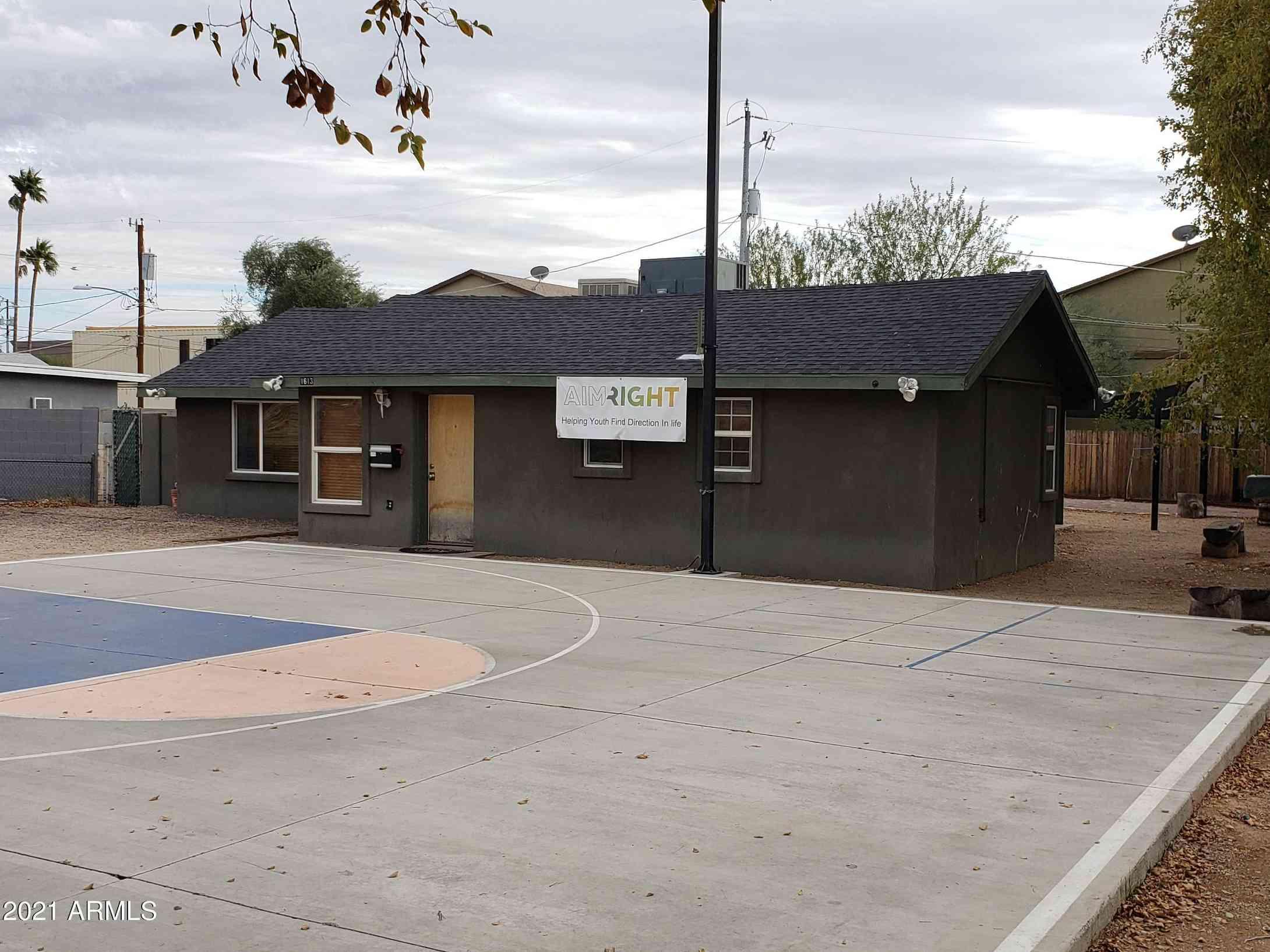 1613 W MOUNTAIN VIEW Road, Phoenix, AZ, 85021,