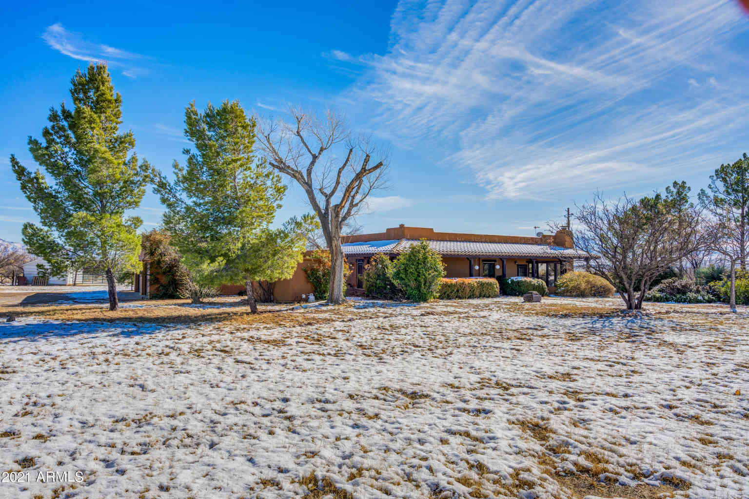 8752 E MUSTANG Trail, Hereford, AZ, 85615,