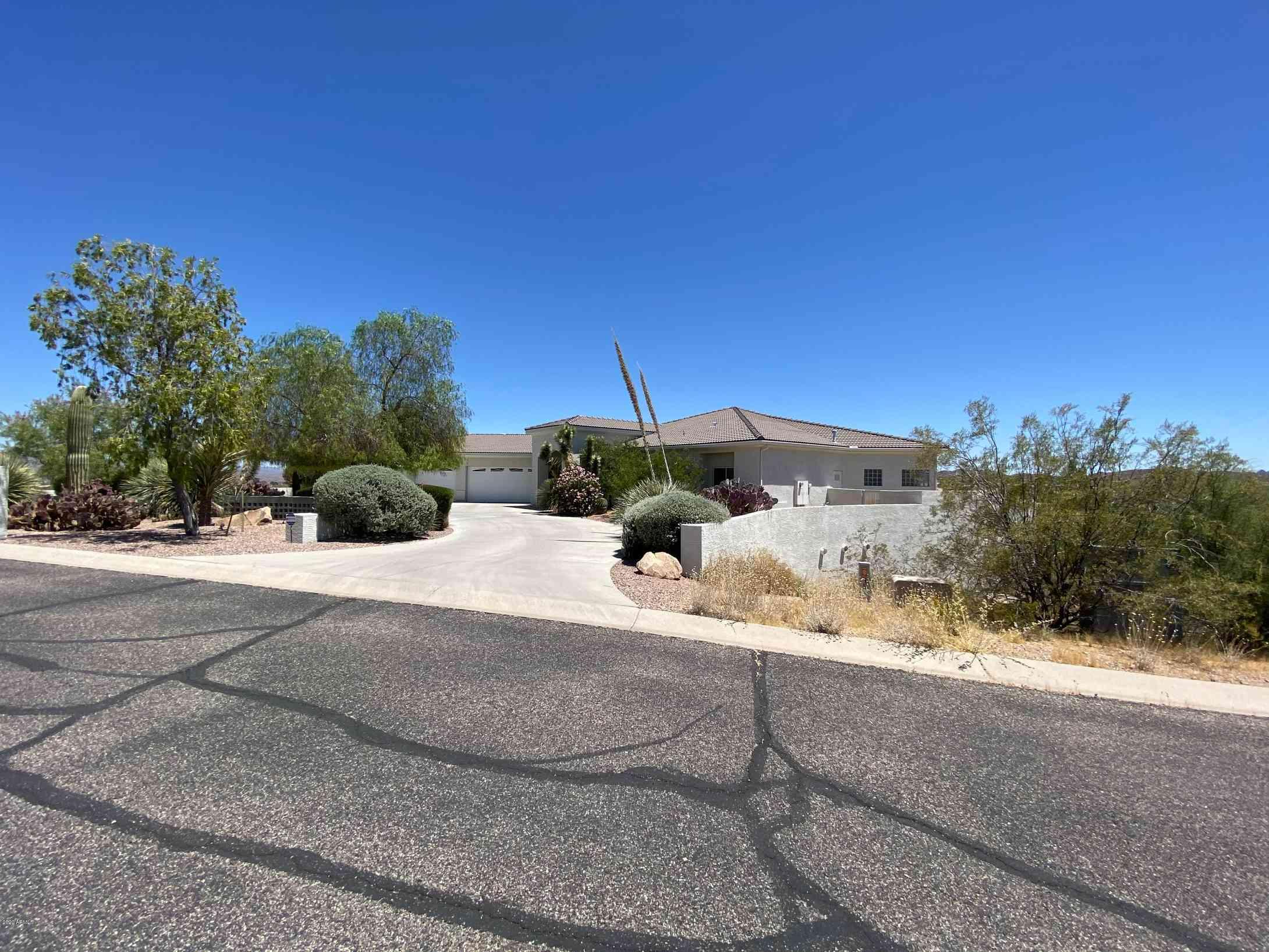 2705 W SADDLERIDGE Way, Wickenburg, AZ, 85390,
