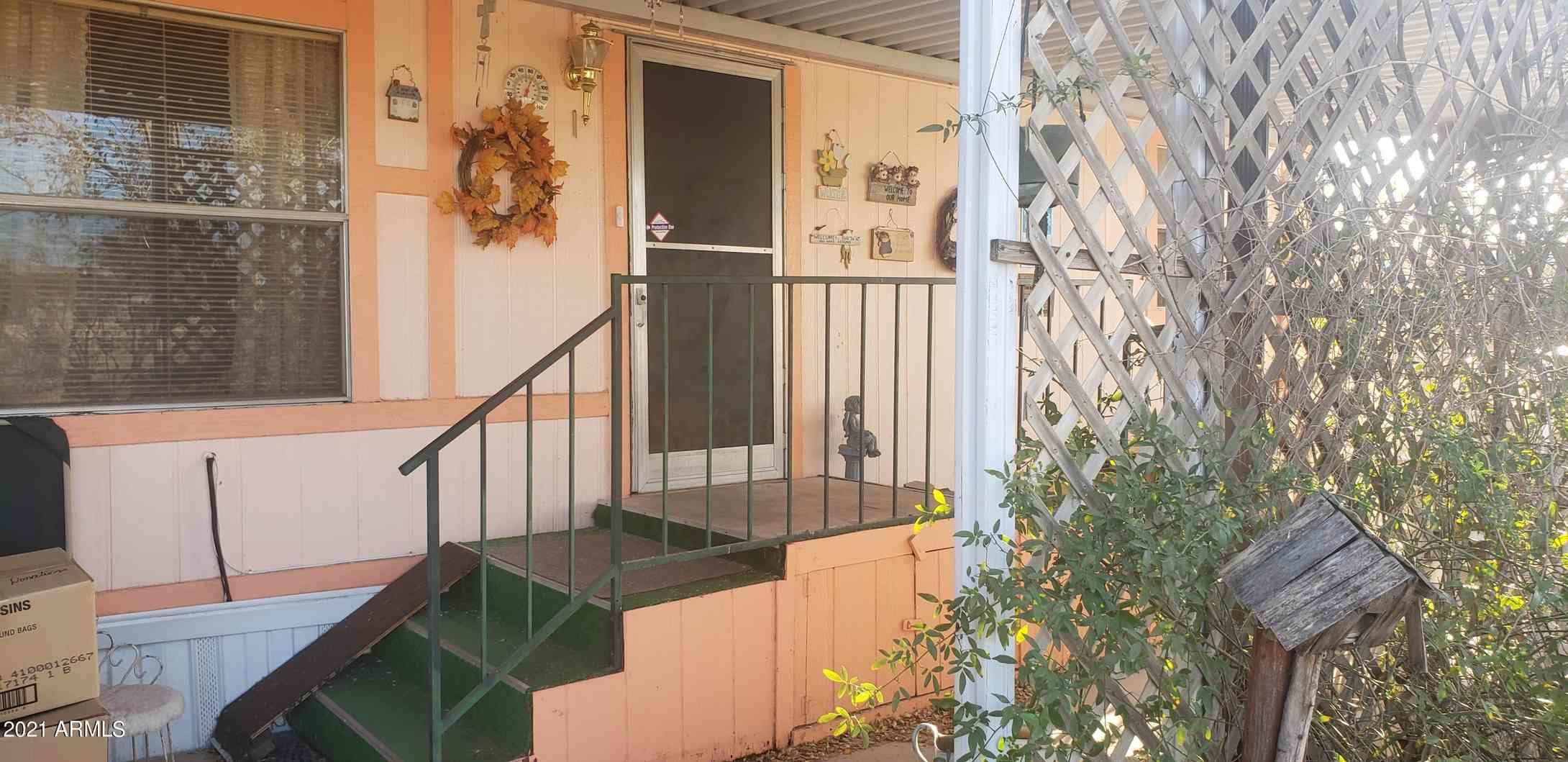 227 N COUNTY Road, Benson, AZ, 85602,