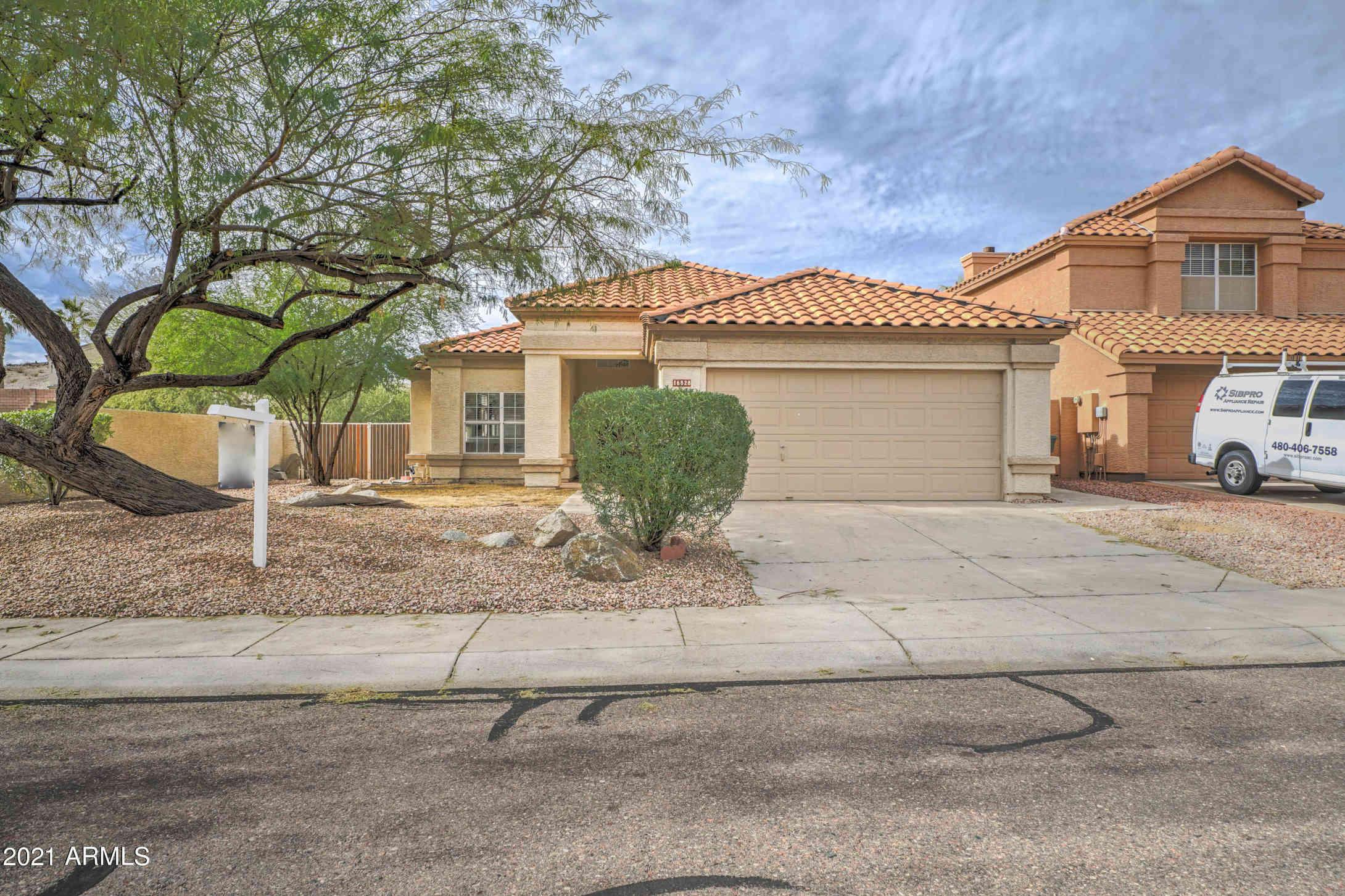16828 S 13TH Way, Phoenix, AZ, 85048,