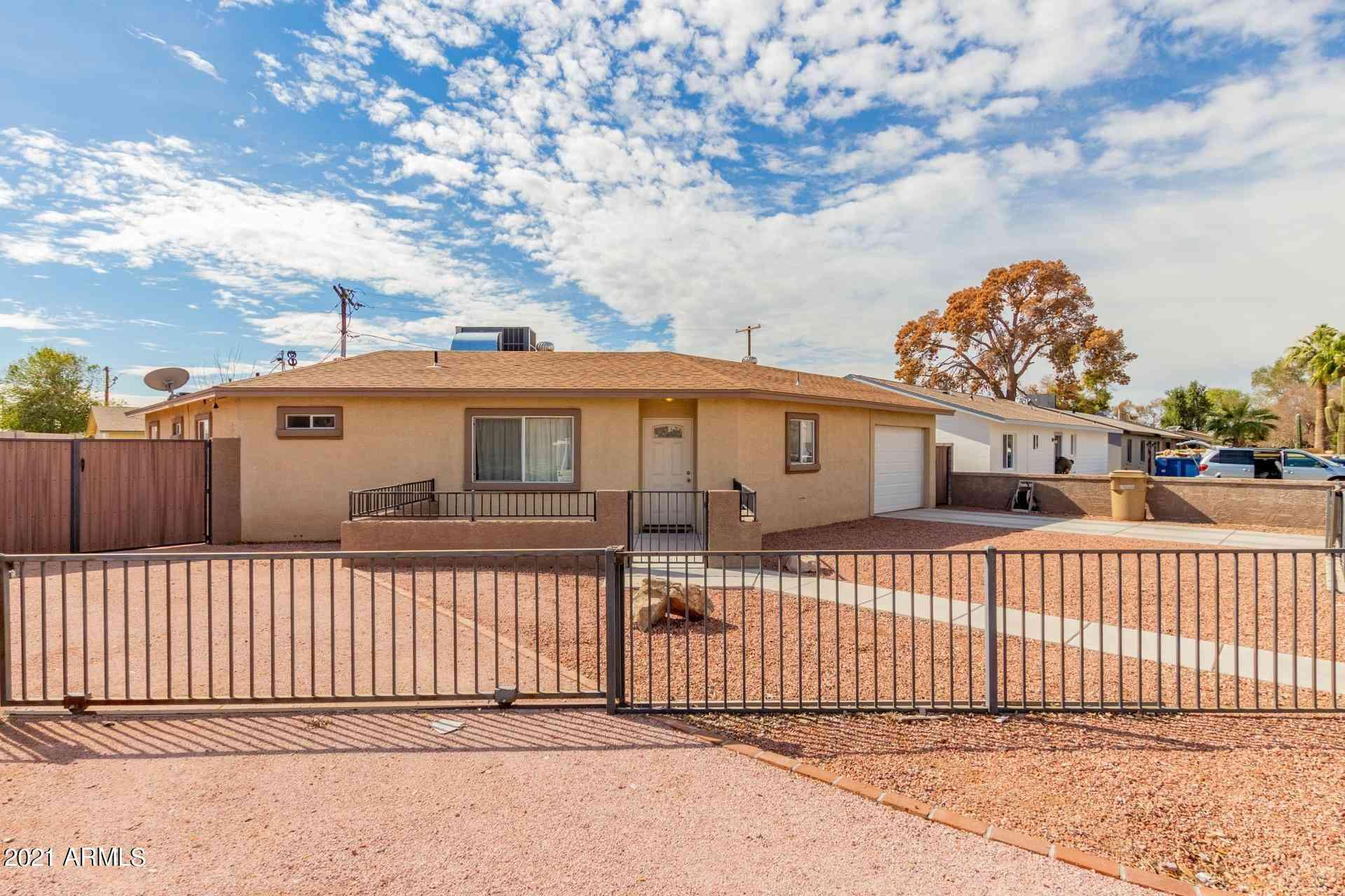 1901 W DENTON Lane, Phoenix, AZ, 85015,