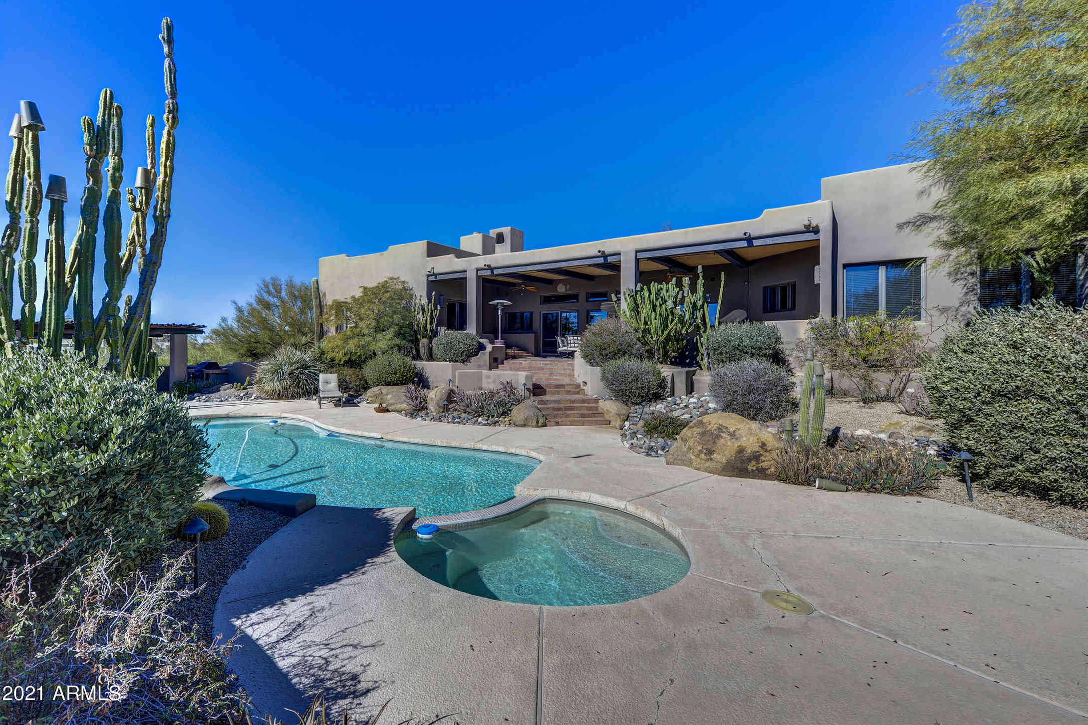 6521 E LANGUID Lane, Carefree, AZ, 85377,