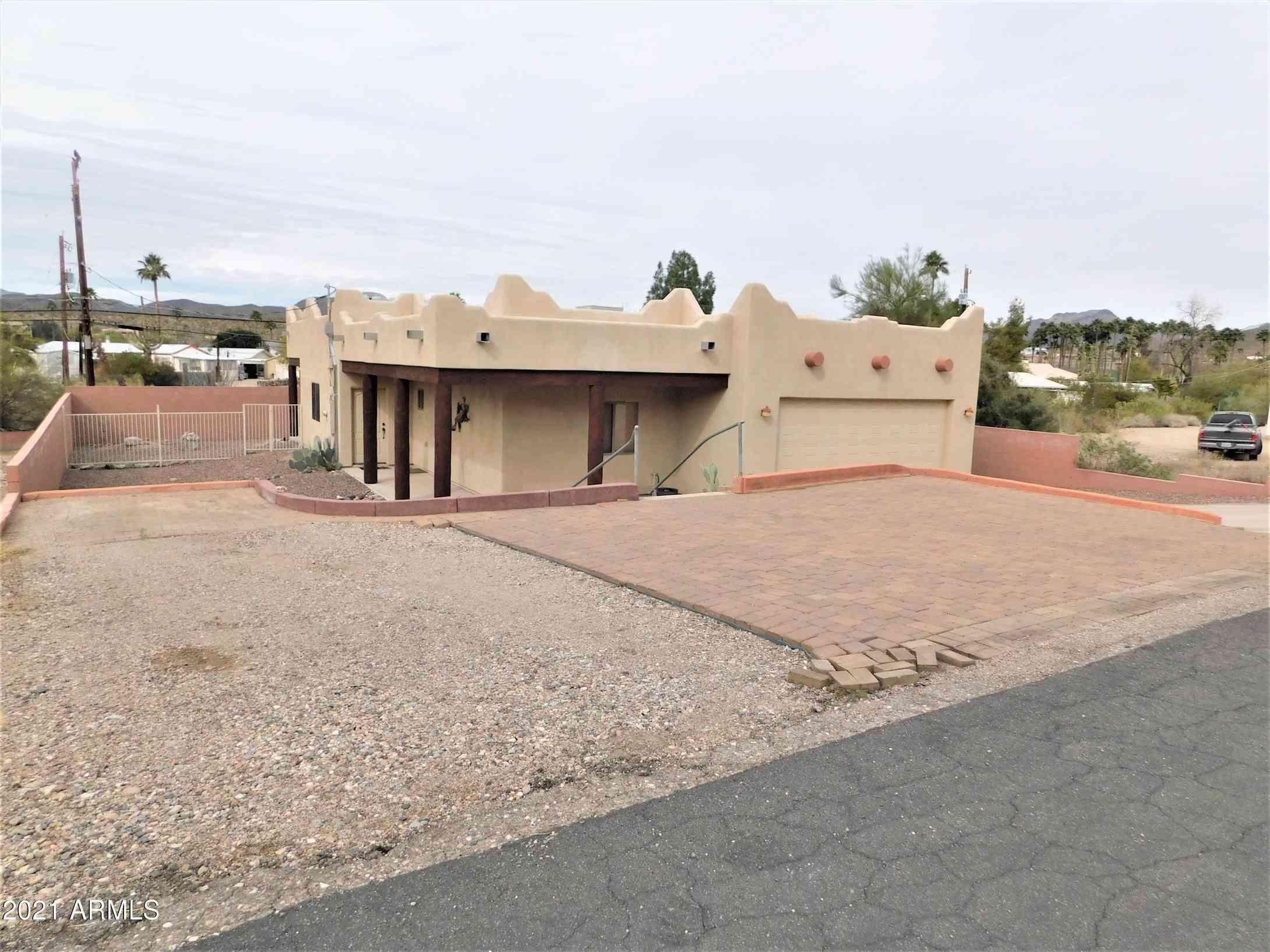 738 E QUEEN CREEK Drive, Queen Valley, AZ, 85118,