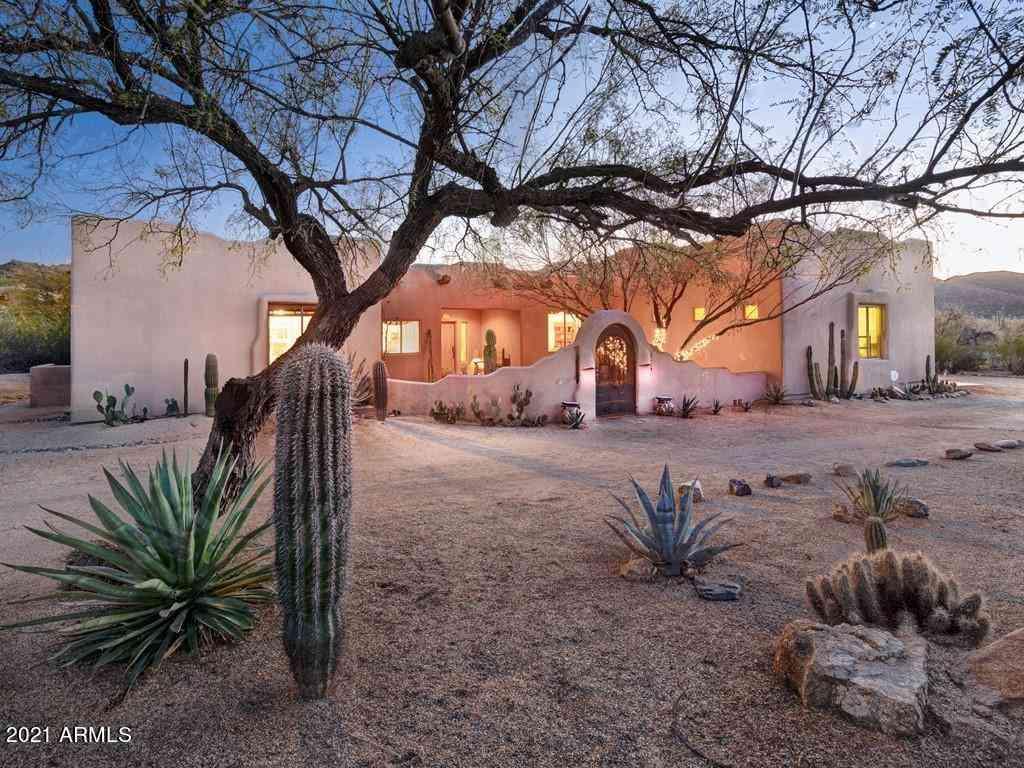 38054 N EL INDIO Circle, Cave Creek, AZ, 85331,