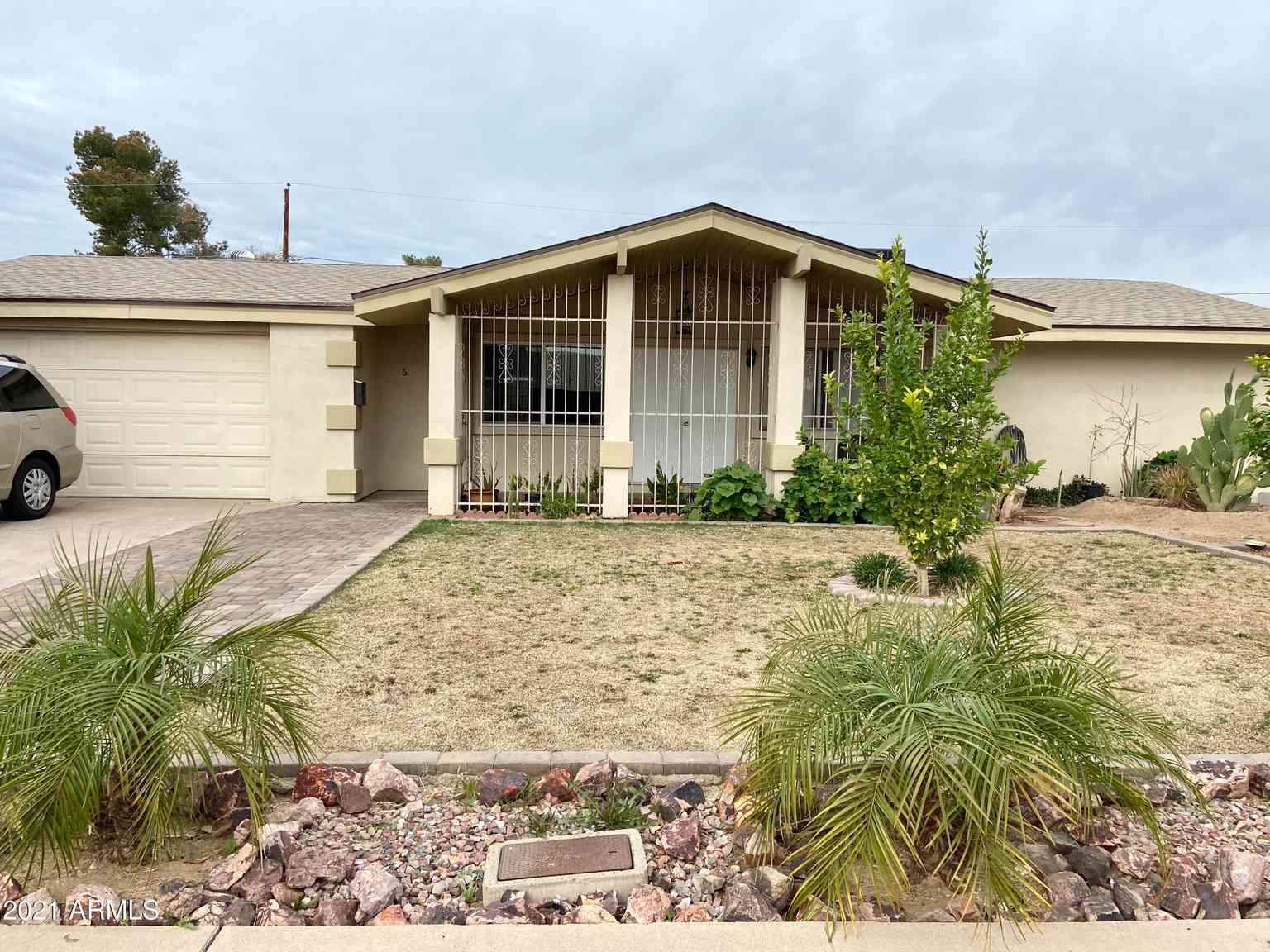 6272 W PIERSON Street, Phoenix, AZ, 85033,