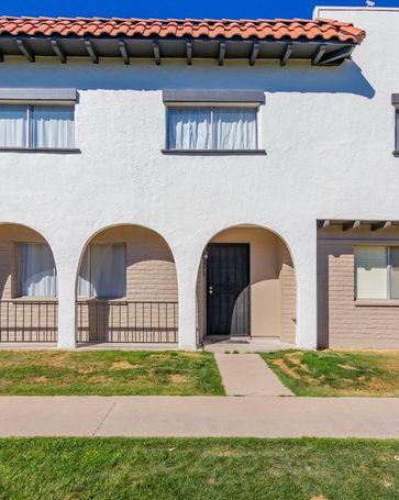 2879 E FAIRMOUNT Avenue Phoenix, AZ, 85016