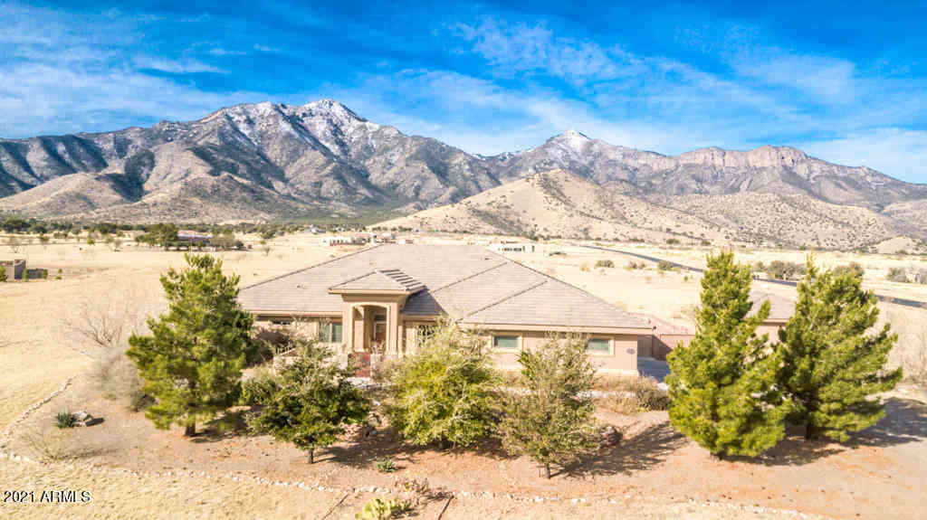 8828 S MULE Place, Hereford, AZ, 85615,